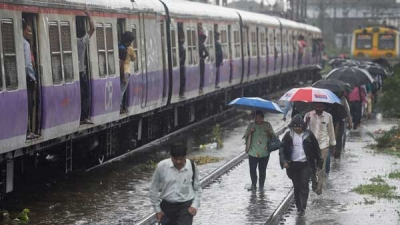 Weather today: Heavy rains likely to continue in Mumbai, Gujarat