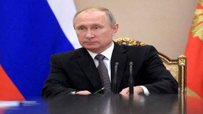Russian govt resigns as Putin pitches