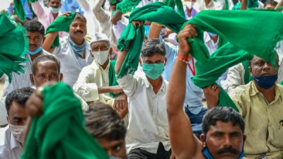 Karnataka bandh over farm bills evokes g