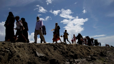 UN told 10,000 refugees fled to India