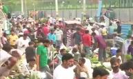 लापरवाही से लोग नहीं आ रहे बाज! दिल्ली की ओखला मंडी में उड़ी कोरोना नियमों की धज्जियां