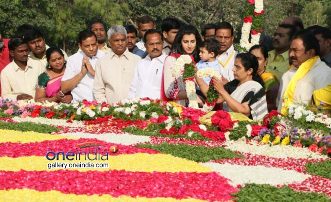 Floral Tribute To NTR At Rasoolpura