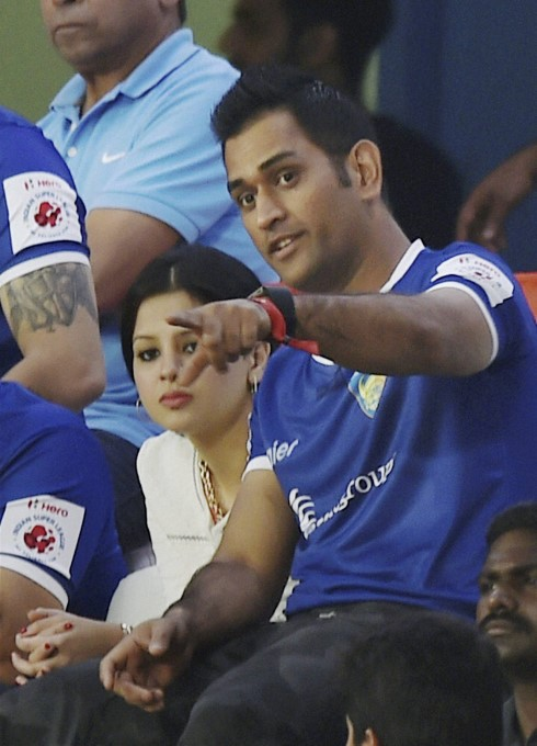 Photo Gallery : Indian Cricketer Mahendra Singh Dhoni