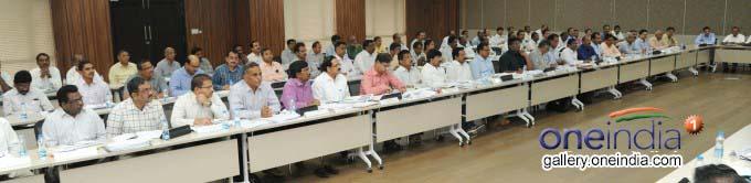 Telangana CM KCR Review Meeting On Mission Bhagiratha At Pragathi Bhavan
