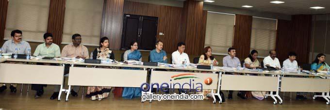 KCR Meeting With Collectors At Pragathi Bhavan