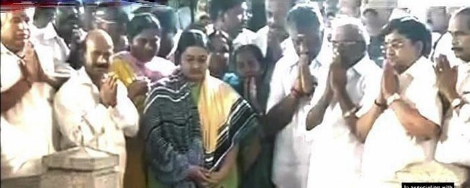 O Panneerselvam And Deepa Jayakumar Press Meet In Chennai