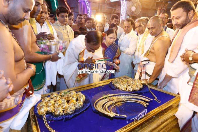 Telangana CM K Chandrasekhar Rao Visit Tirumala Tirupati