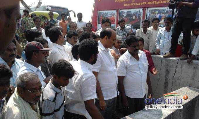 Diwakar Bus Accident In Krishna District