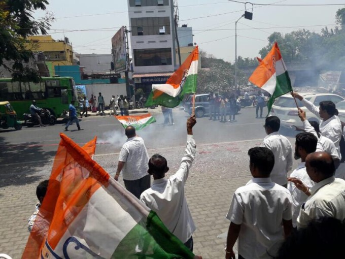 Photo Gallery: Congress Celebrates Nanjangud And Gundlupet Victory