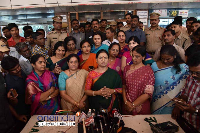 Congress Women Leaders Visit Maternity Hospital In Hyderabad