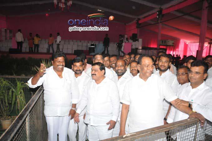 Huge Arrangements For TRS Plenary Meeting At Hyderabad