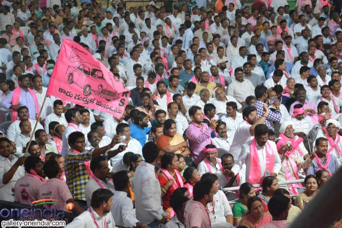 Telangana CM KCR Addresses Farmers In Warangal