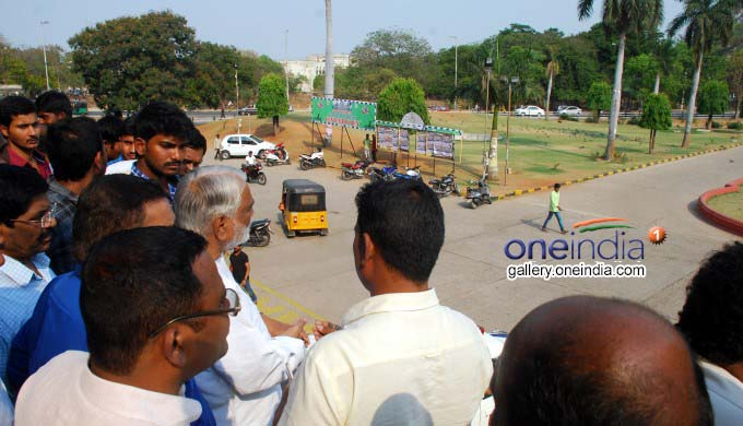 Photo Gallery: TRS MP Dr K Keshav Rao Faced A Bitter Experience At Osmania University