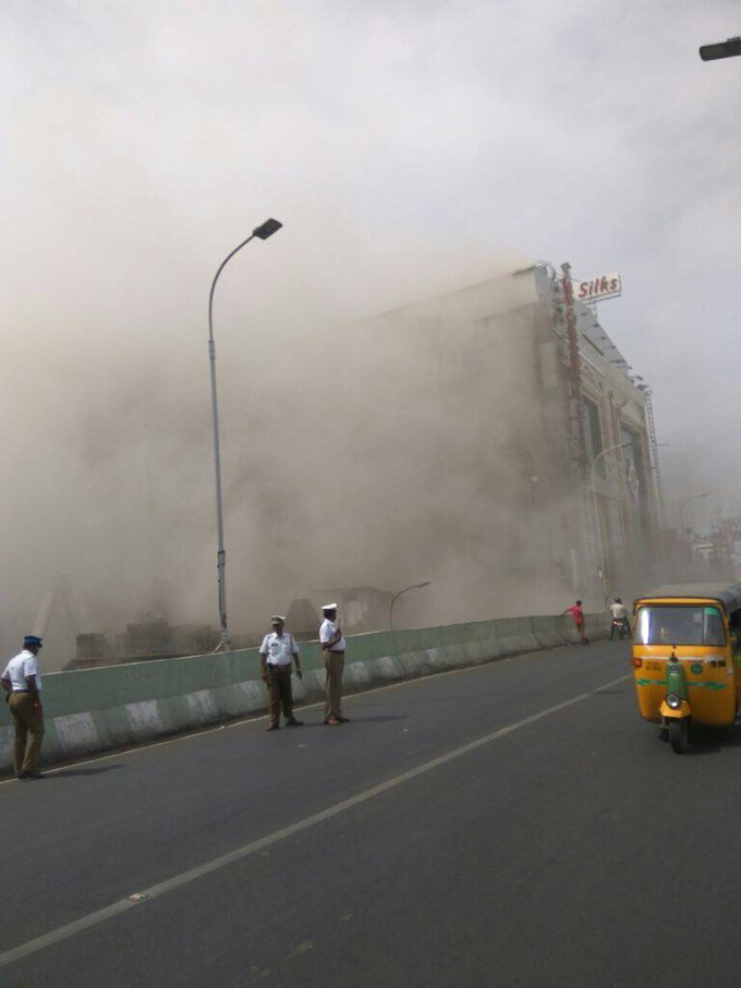 Photo Gallery: Chennai Silks Building Caught Fire In Chennai