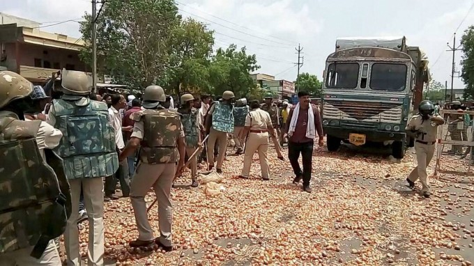 Farmers Protest Turns Violent In Madhya Pradesh