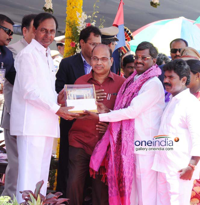 Telangana State Awards Winners Felicitated By KCR