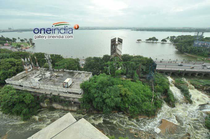 Hussainsagar Overflows Due To Heavy Rain In Hyderabad