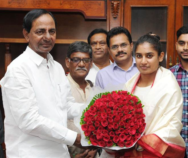 KCR Congratulates Indian Women Cricket Team Captain MS Mithali Raj