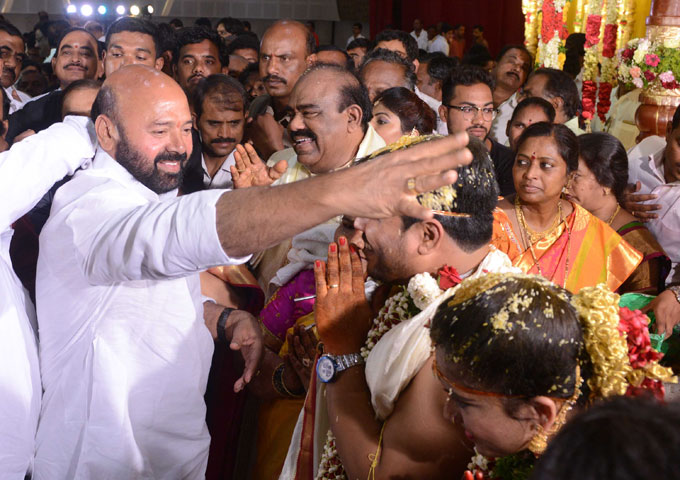 CM KCR Attends Telangana Speaker Madhusudhana Chary Son Wedding