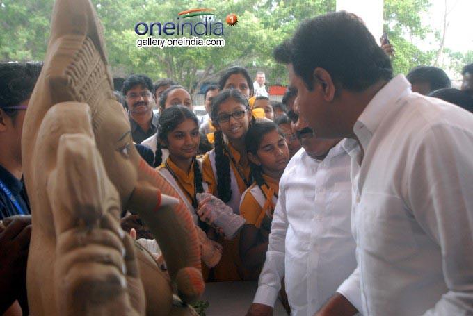 Photo Gallery: KT Rama Rao Presents Eco Ganesh To School Children At Shilpa Kala Vedika