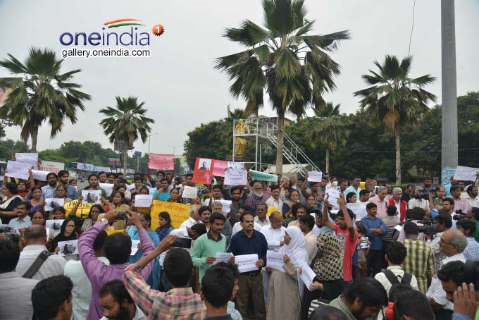 Photo Gallery: Journalists Protest Against Murder Of Gouri Lankesh In Hyderabad