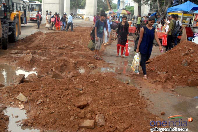 Hyderabad Roads Damaged Due To Heavy Rains
