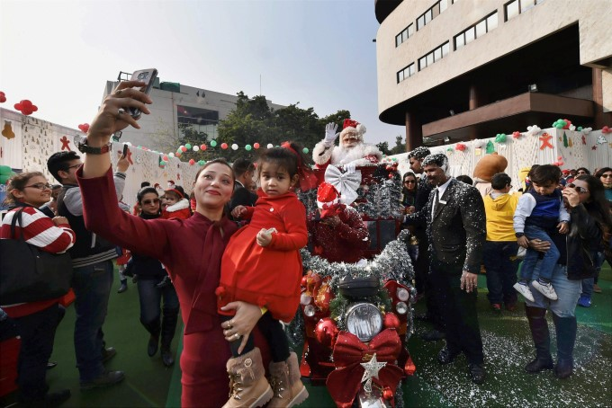 Photo Gallery: Christmas Celebration 2017