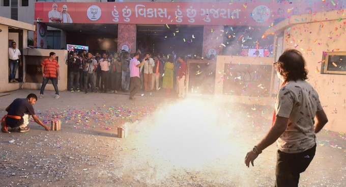 Photo Gallery: BJP Supporters Celebrate Party's Victory In Gujarat And Himachal Pradesh Elections