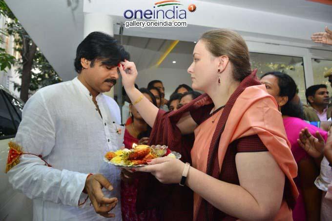 Photo Gallery: Pawan Kalyan Political Tour In Telangana