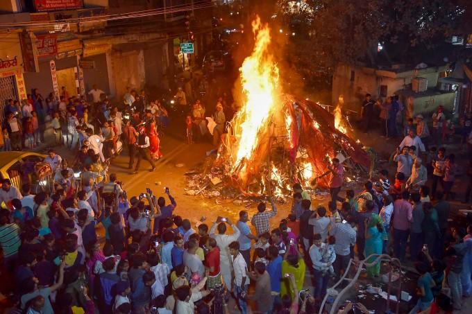 Photo Gallery: Holi Celebrations 2018
