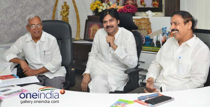 Janasena President Pawan Kalyan Meets With CPI, CPM Leaders In Vijayawada