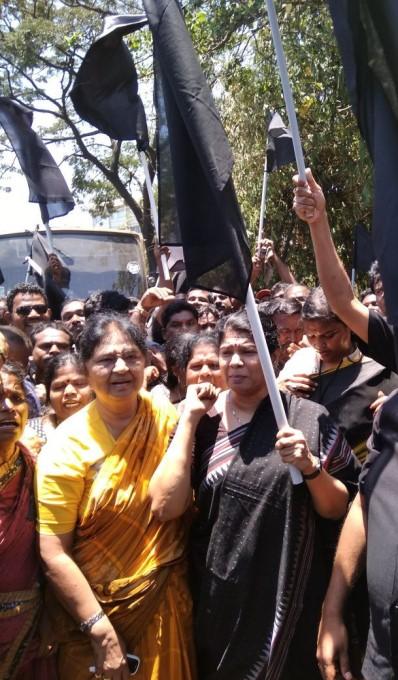 Black Flag Protests Welcome PM Modi In Chennai