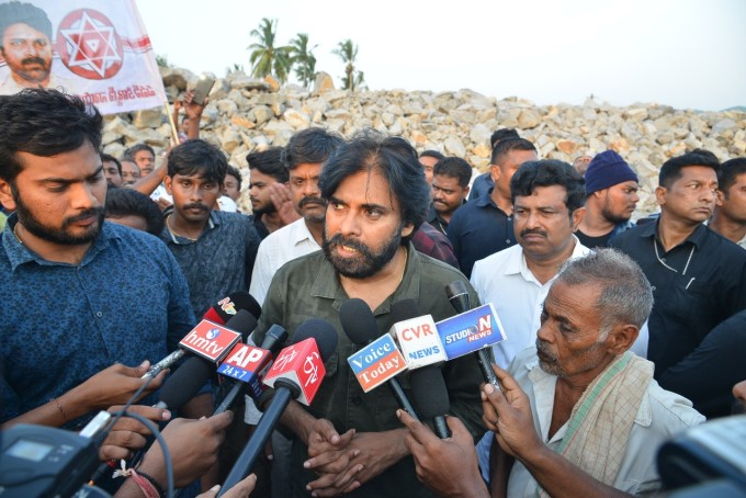 JanaSena Chief Pawan Kalyan On One Day Hunger Strike In Srikakulam