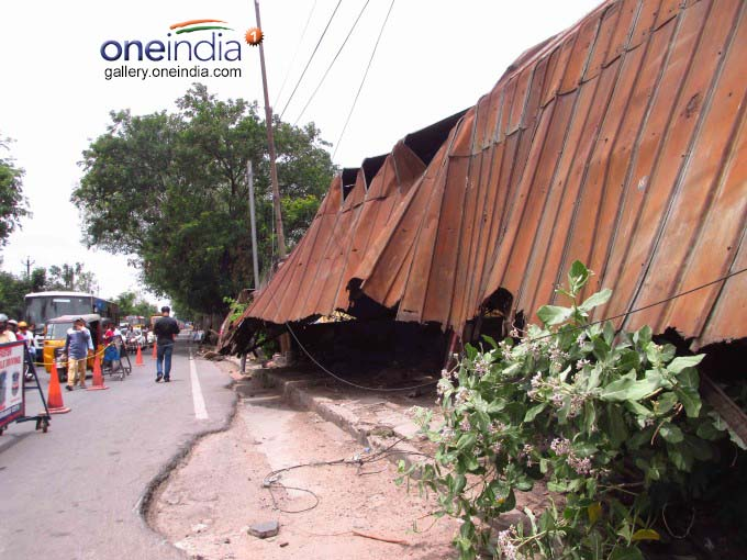 CBS Bus Stand Shed Collapsed In GowliGuda