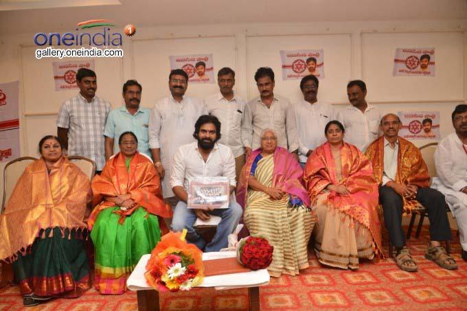 Janasena Party Chief Pawan Kalyan Visit Nellore