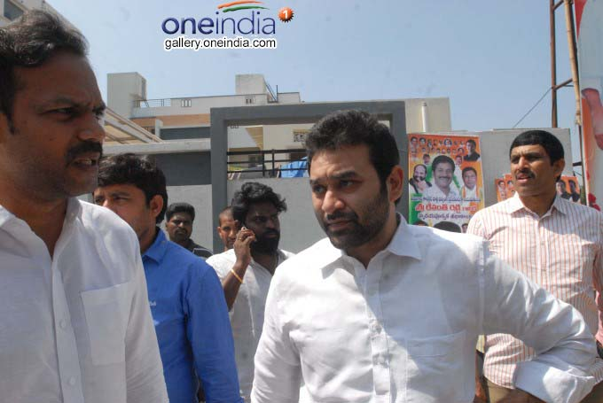 Income Tax Raids On Revanth Reddy Of Congress
