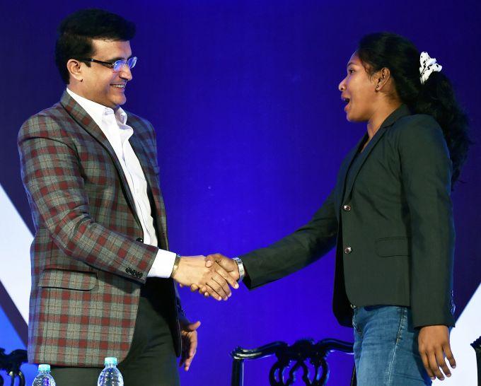 News In Photos (4 October 2018)   Photos Of Top News Today - Oneindia Gallery