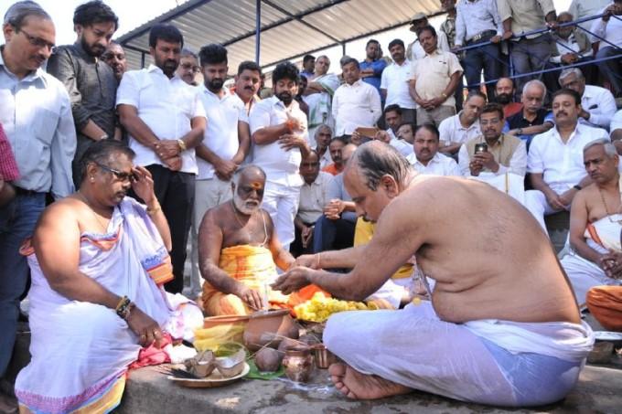 Union Minister Ananth Kumar Passes Away