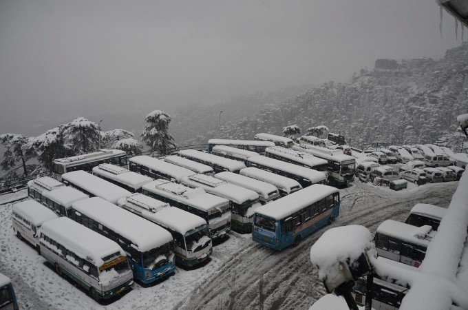 20 Best Photos Of Snowfall In India