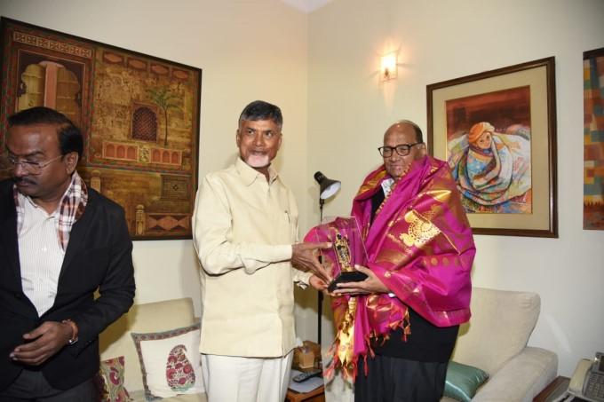 AP CM N Chandrababu Naidu Meets AICC President Rahul Gandhi