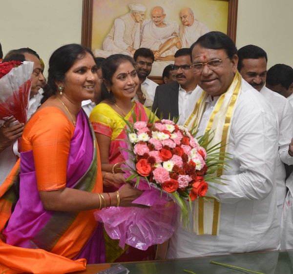 Senior TRS Leader Srinivas Reddy Unanimously Elected As Speaker Of Telangana Assembly