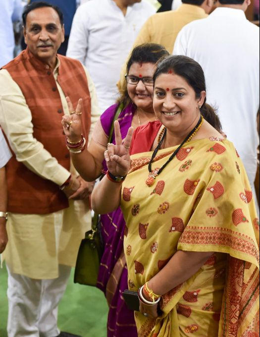 News In Photos (25 May 2019) | Photos Of Top News Today - Oneindia Gallery