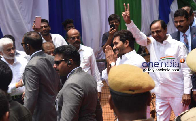 YS Jagan Mohan Reddy Takes Oath As AP CM