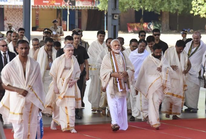 PM Narendra Modi Visit Guruvayur Temple In Thrissur