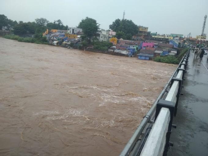 Heavy Rain Lashes Nilgiris And Coimbatore