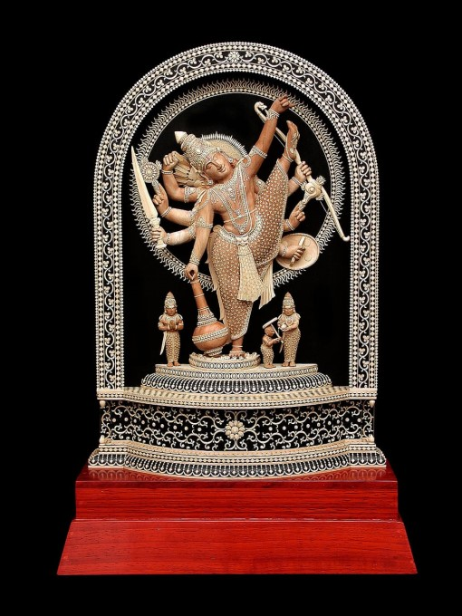 Kanchipuram Athivaradhar Carved In Sandalwood