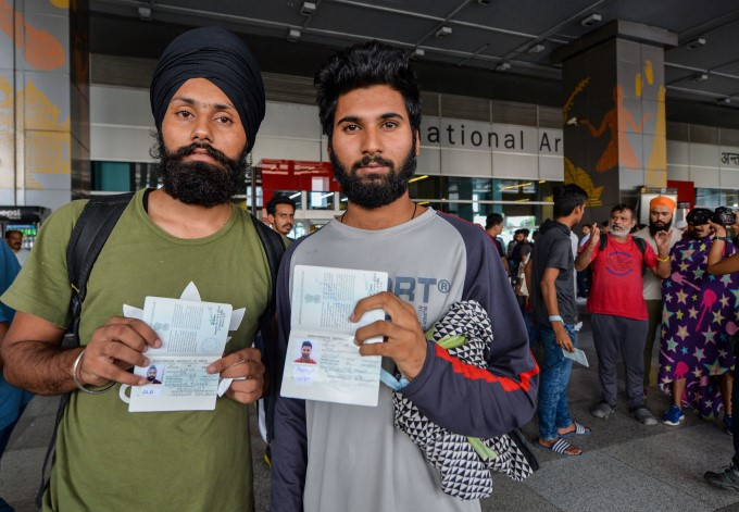 Over 300 Indians Deported By Mexican Authorities