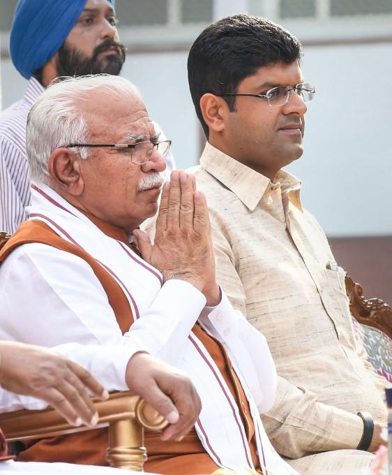 Manohar Lal Khattar Sworn In As Haryana CM