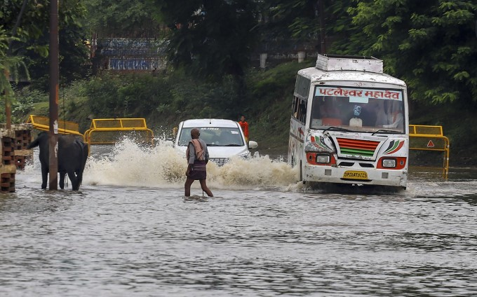 Heavy Rainfall In Uttar Pradesh