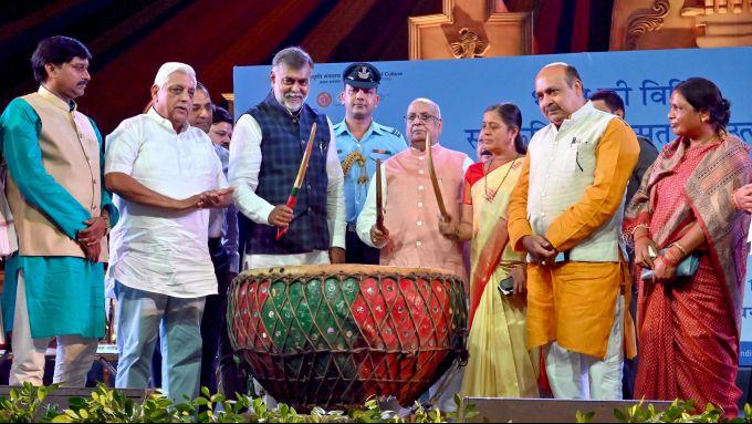 News In Photos (14 October 2019) | Photos Of Top News Today - Oneindia Gallery